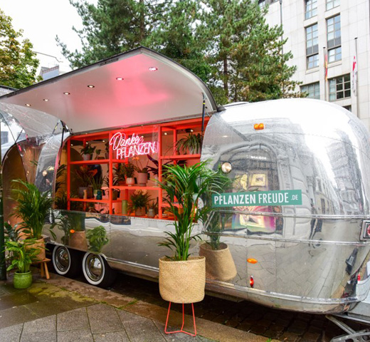Airstream Danke Pflanzen in Germany
