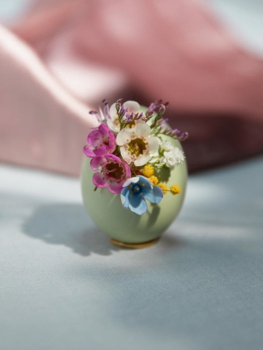 Celebrate Easter with flowers -Funnyhowflowersdothat.co.uk